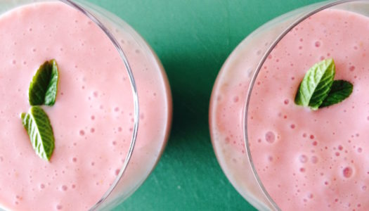 PINK VEGAN SMOOTHIE